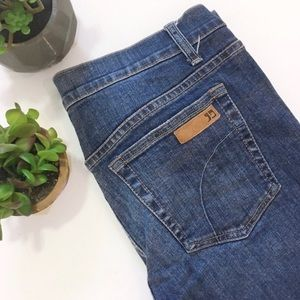 Joe's Jeans Fit and Flare Medium Wash jeans